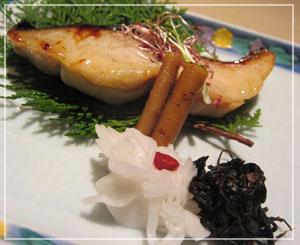 船橋「旬膳 田や」にて、旬の一品、鰆の西京焼き。これがとても美味しかった♪