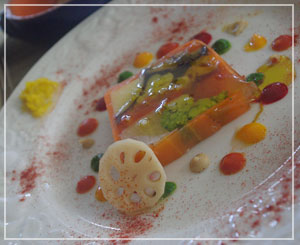 富里「Cucina Tokionese Cozima」にて、スペシャリテの野菜のテリーヌ