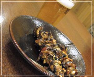 銀座「ひょうたん屋」で肝焼き&昼ビール。至福……♪