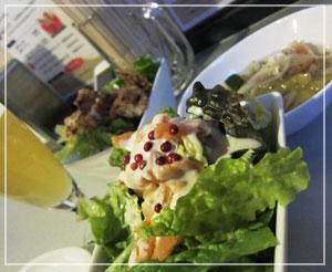 「二代目恵比寿ビヤホール」にて、サラダ2種類&シーフードマリネ