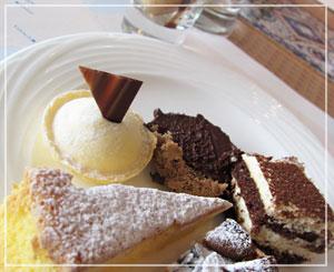 ホテル日航東京「Ocean Dining」にて、デザート全種類♪