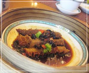 ホテルオークラ東京飲茶食べ放題、ハチノスの黒豆蒸し♪
