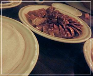 「中国茶房8」にて。北京ダック、きたー!