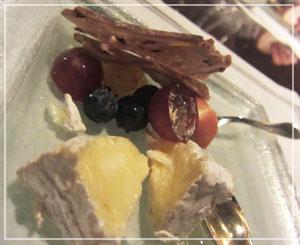 「CERISE by GORDON RAMSAY」にて、チーズも食べちゃうよー