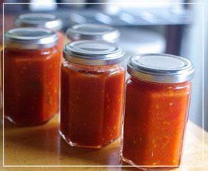 自家製トマトソース。美味しいといいなー。