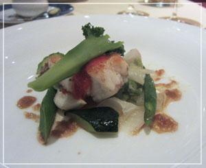 ウェスティンホテル「Victor's」にて、お魚はアンコウ♪