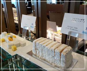 帝国ホテル「ハレクラニ ランチブフェ」にて、やっぱりデザートはこれだよね