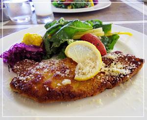 富里「Cucina Tokionese Cozima」にて、メインはミラノ風カツレツでした。