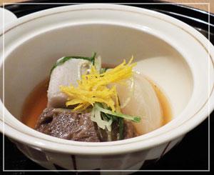 パレスホテル東京「和田倉」にて、和食で牛ほほ肉というのもけっこう珍しいかなと。