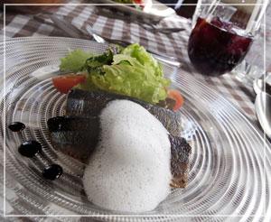 津田沼「chez Como」にて、秋刀魚のコンフィ。たっぷり半身分!