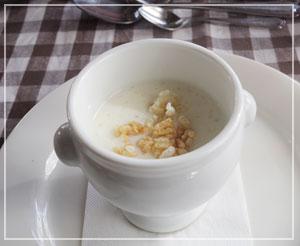 津田沼「chez Como」にて、飲みたいと思っていたお米のスープ。とても「お米」でした。