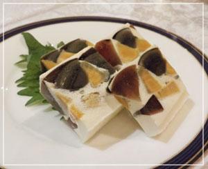 横浜ベイシェラトン「香港的ナイト飲茶バイキング」、皮蛋と塩玉子のテリーヌ。斬新な美味しさ♪