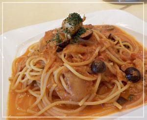 津田沼 「Masseria」にて、具沢山&ボリュームたっぷりの帆立のトマトクリームパスタ。