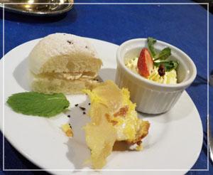 赤坂見附「レストランストックホルム」にて。デザートも美味しいのよー。
