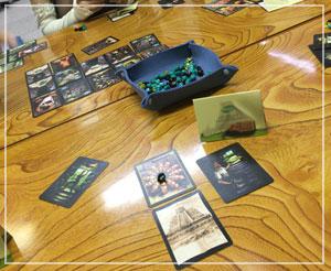 「インカの黄金」というカードゲーム。俺のテントに色々しまいこみます。
