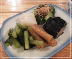 津田沼「鈴家」さんの、漬けもの盛り。5種盛りで全部美味しい……♪