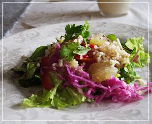 本場ではもっと簡素に紫玉ねぎとセロリとの組み合わせが多いそう、ネルヴェッティのサラダ。