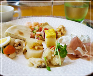 マンダリンオリエンタル東京「ヴェンタリオ」にて、スペイン前菜、いろいろ~。