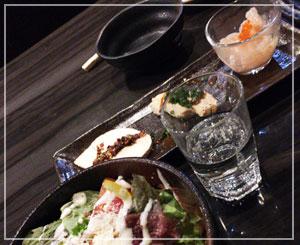 「千代の蔵 新橋店」にて、日本酒飲み放題。おつまみも美味しかった。