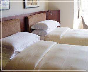 和風の洗い場つきバスルームが魅力的なお部屋です。