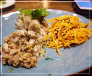 魚介系おつまみもちょこちょこ増えて、冷前菜の3種盛り。