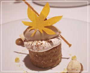 モンブラン風のメインのデザートは、爽やかなレモンの香りで
