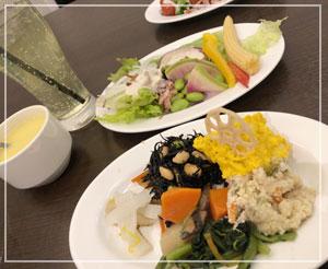 地元にオープンの京風洋食屋さん……う、うーん……。